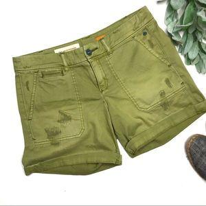 PILCRO   sz 26 green distressed hyphen shorts